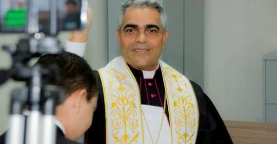 Bispo de Guarabira comunica transferências de padres e publica nota pastoral